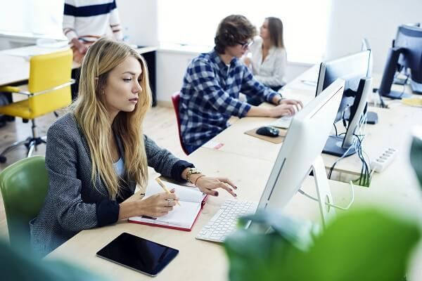trabalhar-com-e-commerce-social-media